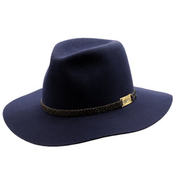 Angle view of the Akubra Avalon hat in Federation Navy colour