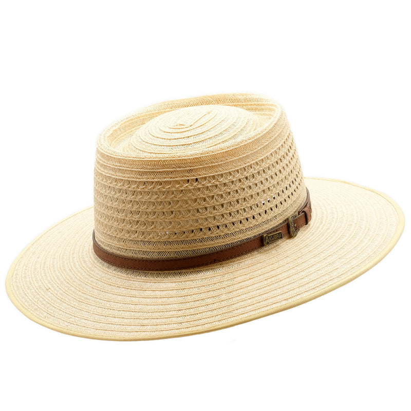 Angle view of Akubra Byron in Natural Straw colour