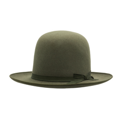 Angle view of Akubra Campdraft in Bluegrass Green colour, shown with open crown
