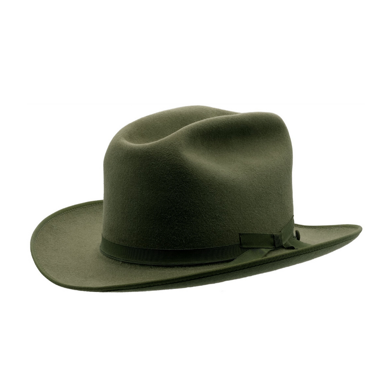 Angle view of Akubra Campdraft in Bluegrass Green colour, shown with crease in crown