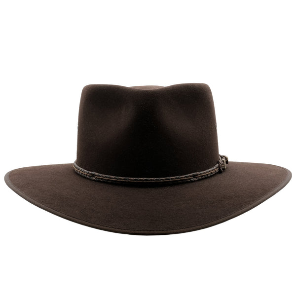 Front view of the Tanbark Brown Akubra Cattleman hat
