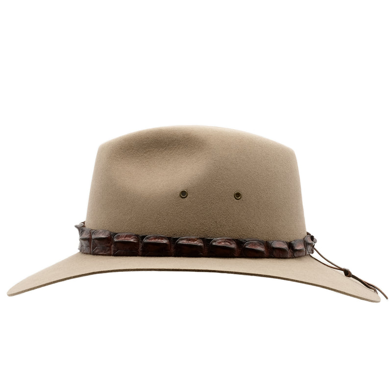 Side view of the Bran coloured Akubra Coolabah hat