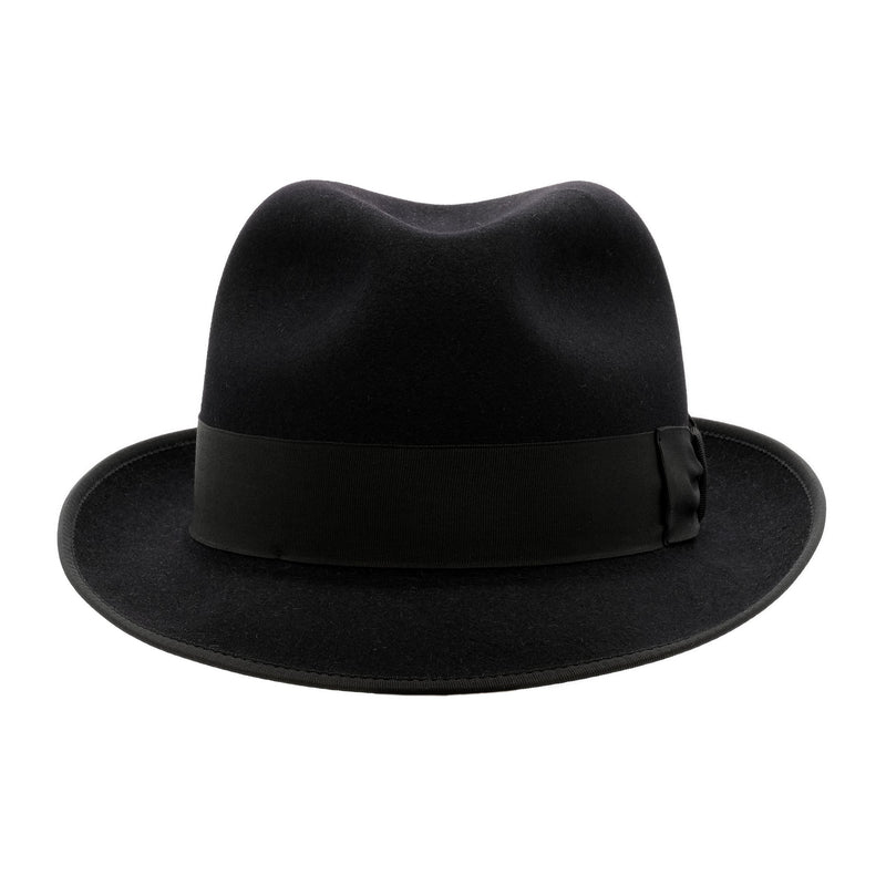 Front view of the Akubra Hampton hat in black