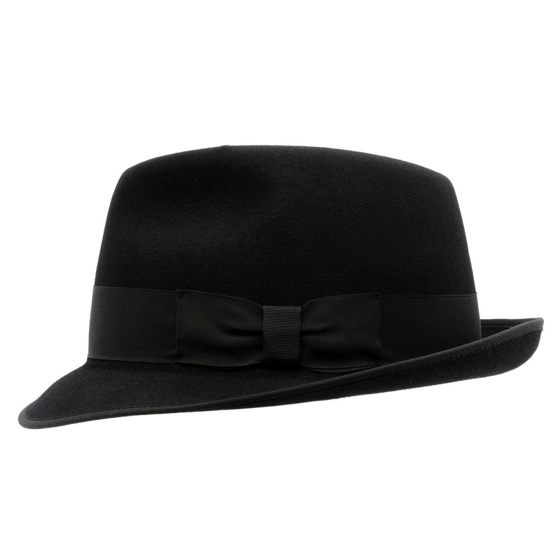 Side view of the Akubra Hampton hat in black