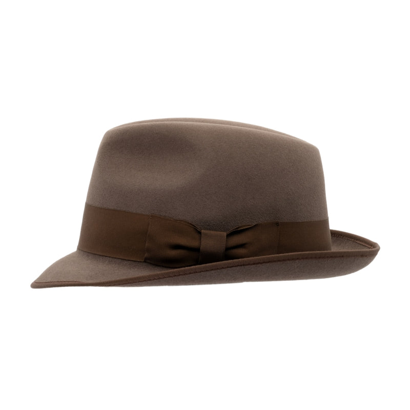 side view of Akubra Hampton hat in Regency fawn colour