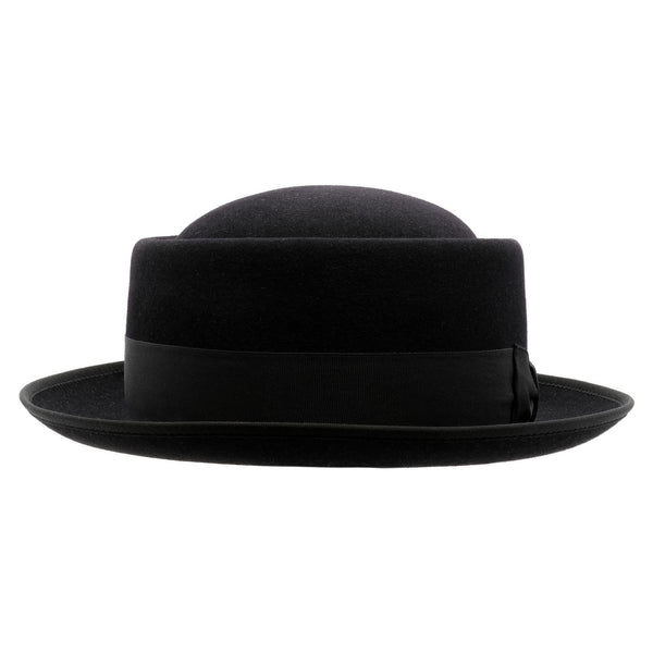 Front-on view of Akubra Jazz hat in black
