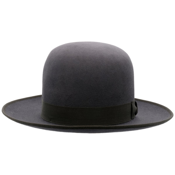 Front-on view of Akubra Squatter hat in Carbon grey colour, shown with open crown