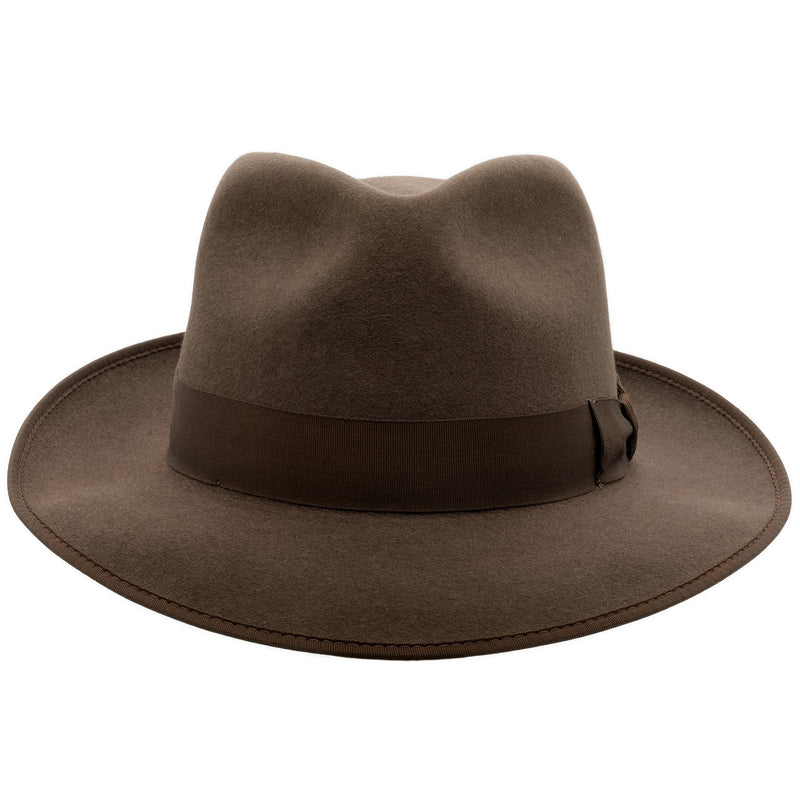 Front view of Akubra Stylemaster in mid brown colour