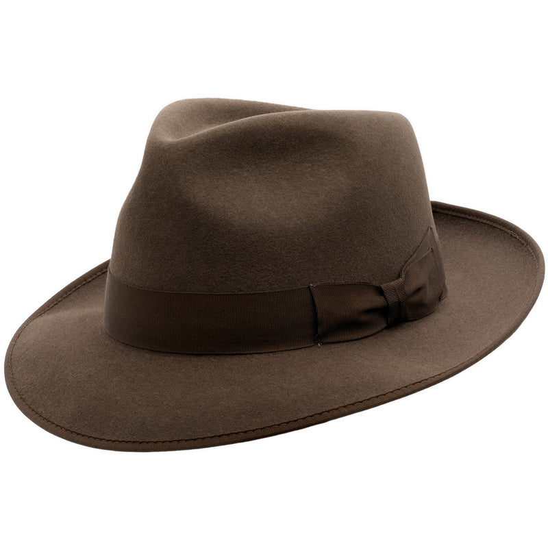 Angle view of Akubra Stylemaster in mid brown colour