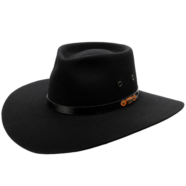 Angle view of Akubra Territory hat in black