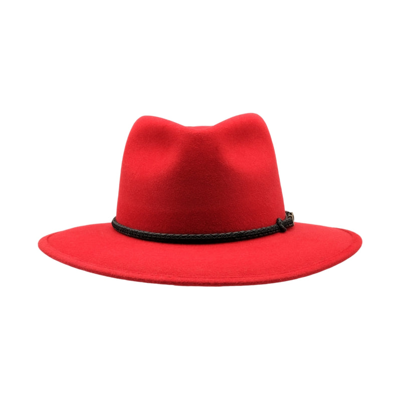 Front view of Akubra Traveller hat in Rodeo Red