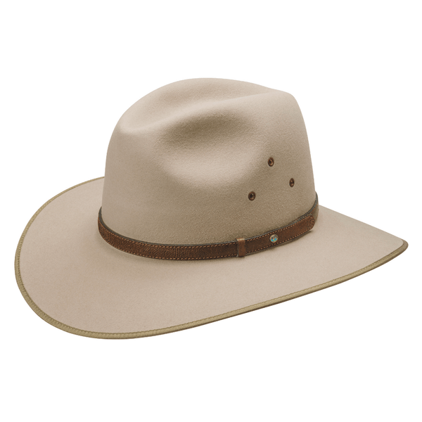 Angle view of the Sand Akubra Coober Pedy hat