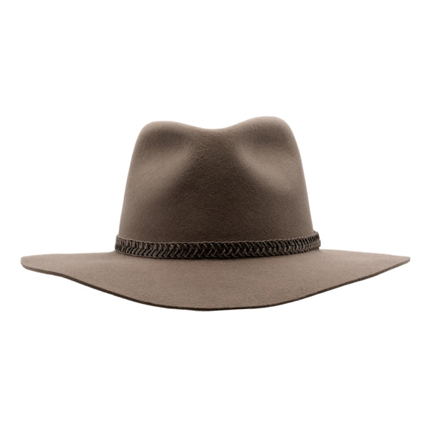 Front view of Akubra Avalon hat in Hazelnut colour