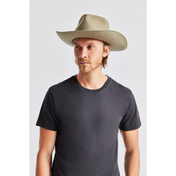 Man wearing Brixton Jenkins cowboy hat, dark khaki colour