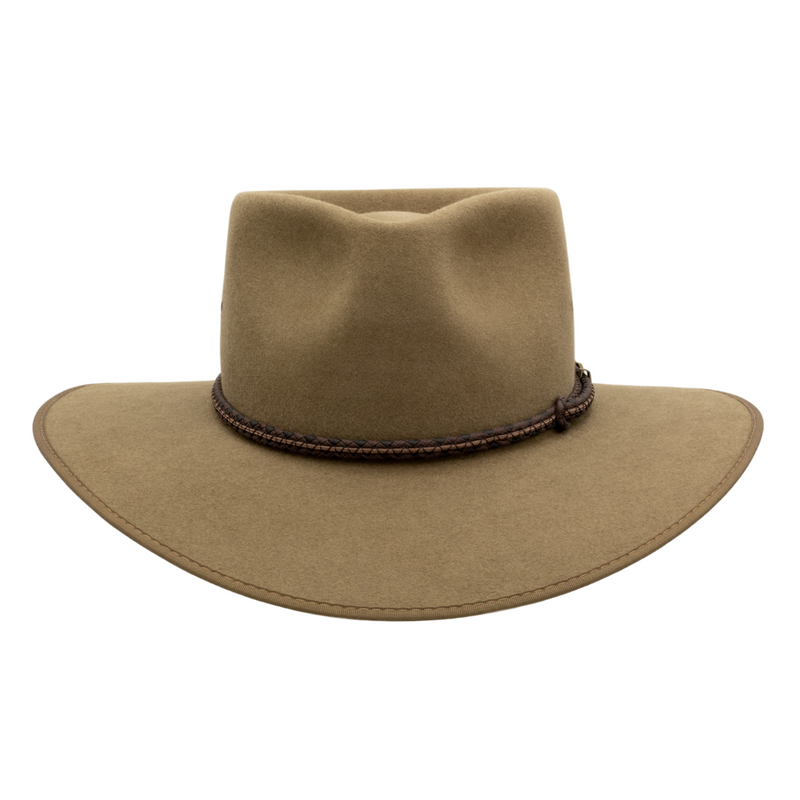 Front view of Akubra Cattleman Country style hat in Santone colour