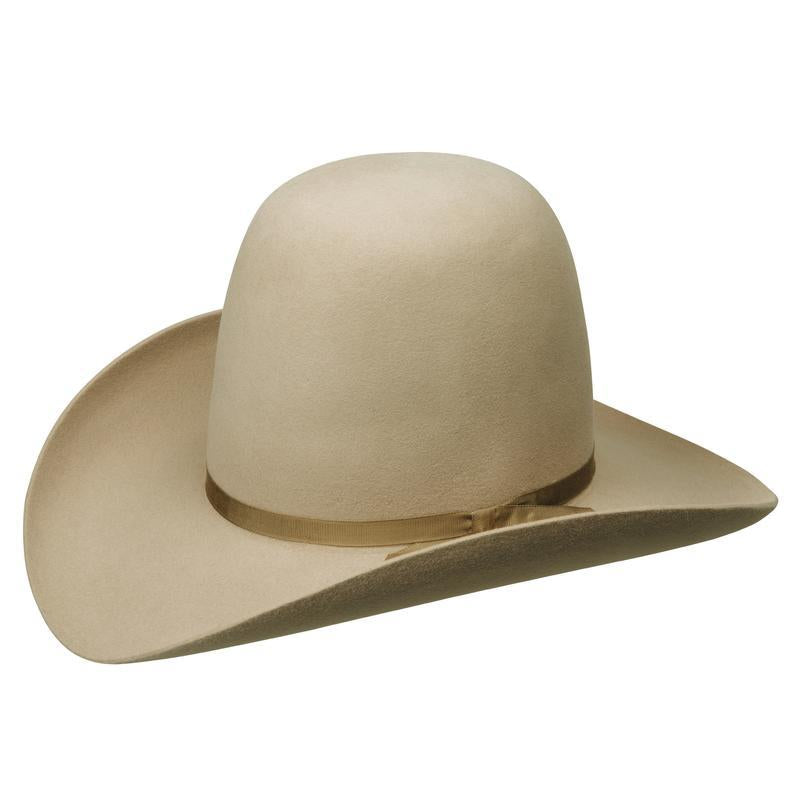Angle view of the Akubra Woomera hat in Sand colour