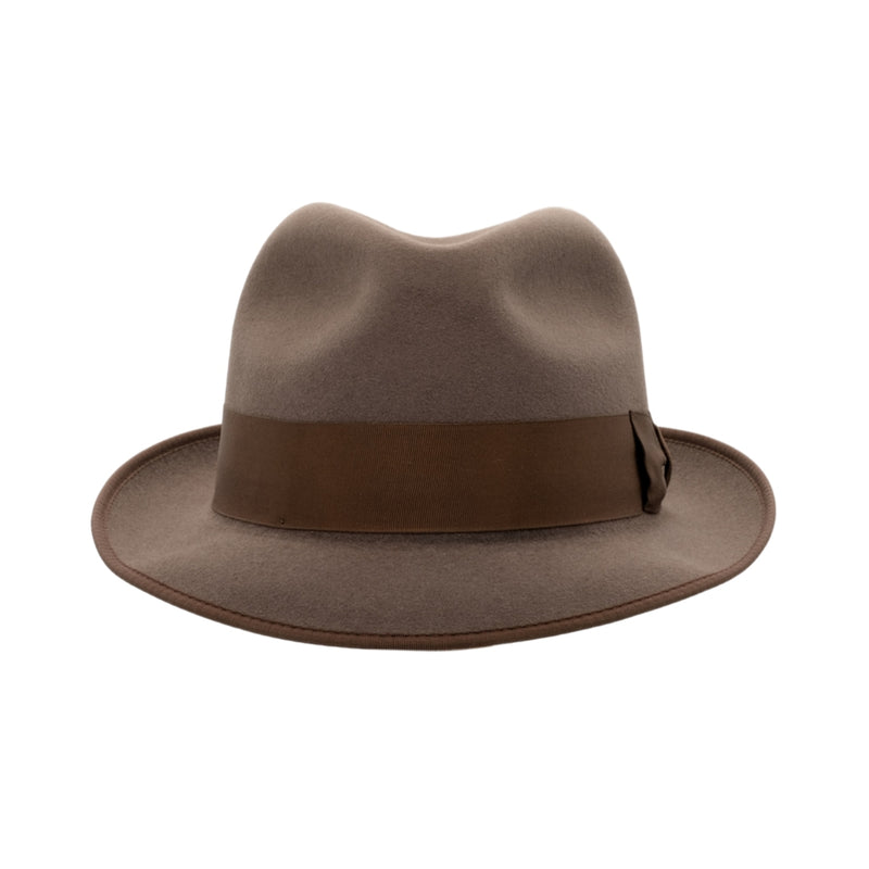 Front view of Akubra Hampton hat in Regency Fawn