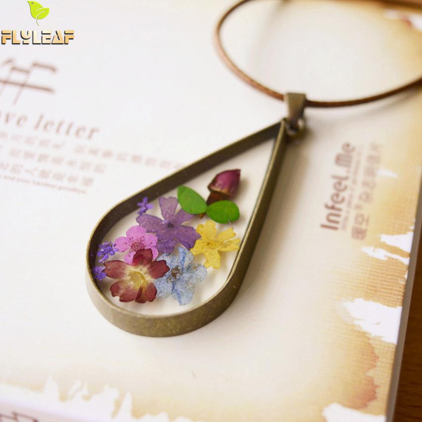 Vintage Natural Dried Flowers Necklace