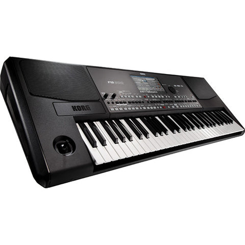 KORG PA600 quarter right