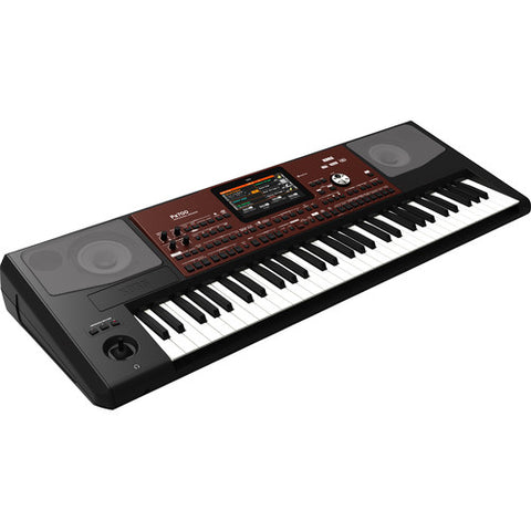KORG PA700 quarter right