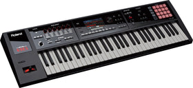 Roland FA-06 quarter right