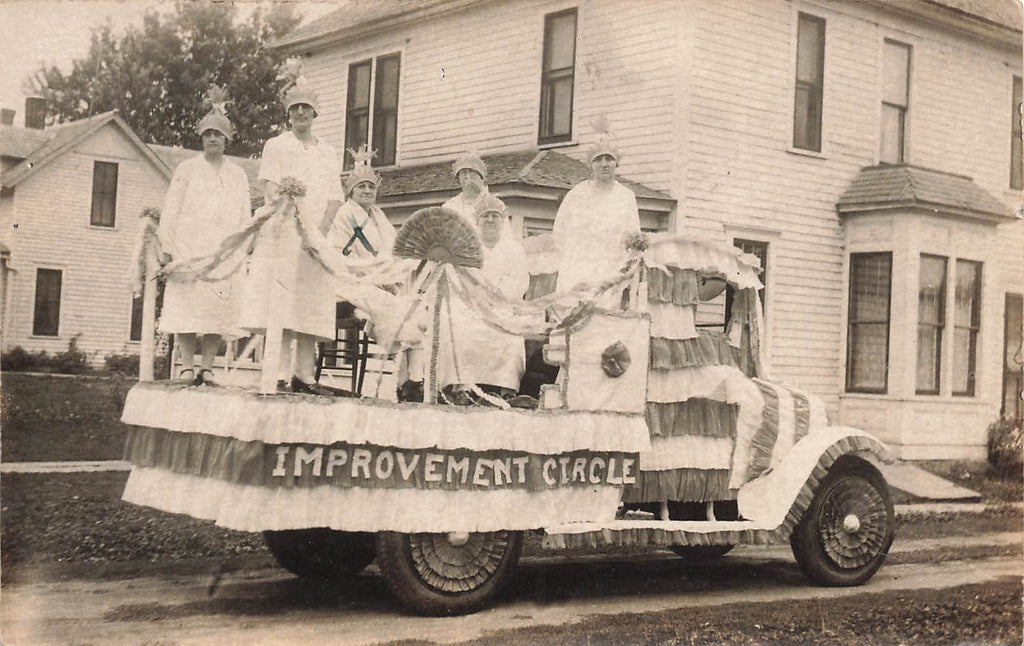 Amboy MN - Parade Float - Women - Improvement Circle - 1930 - Mankato