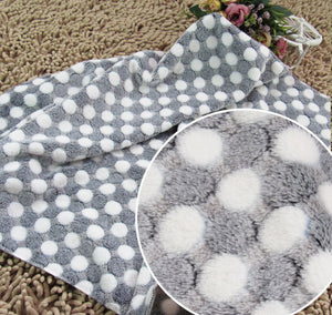 S\M\L Soft Flannel Blanket With Dots Design