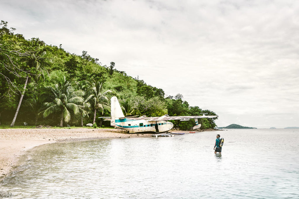 Discovering a crashed Seaplane. Philippines.