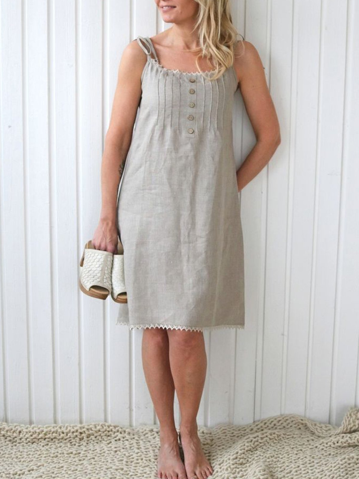 Sleeveless Buttoned Cotton Simple & Basic Dresses
