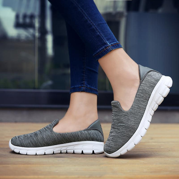 Women Unltra-light Breathable Slip-on Sneakers