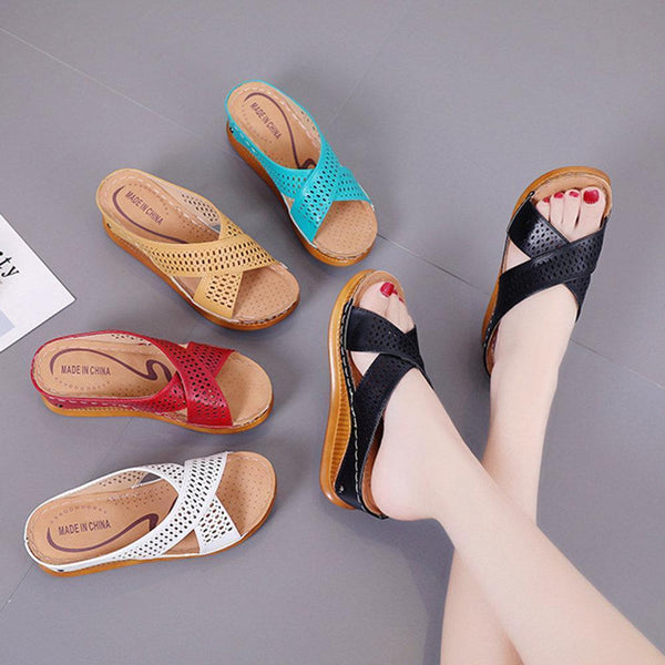 Women's Shoes Color Matching Holes Breathable Soft Platform Sandals