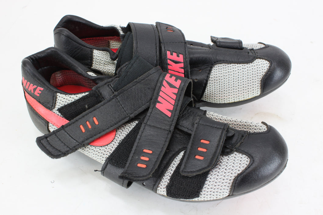 Nike TC Lite Cycling Shoe White/Black Fire Size 5  NOS Vintage