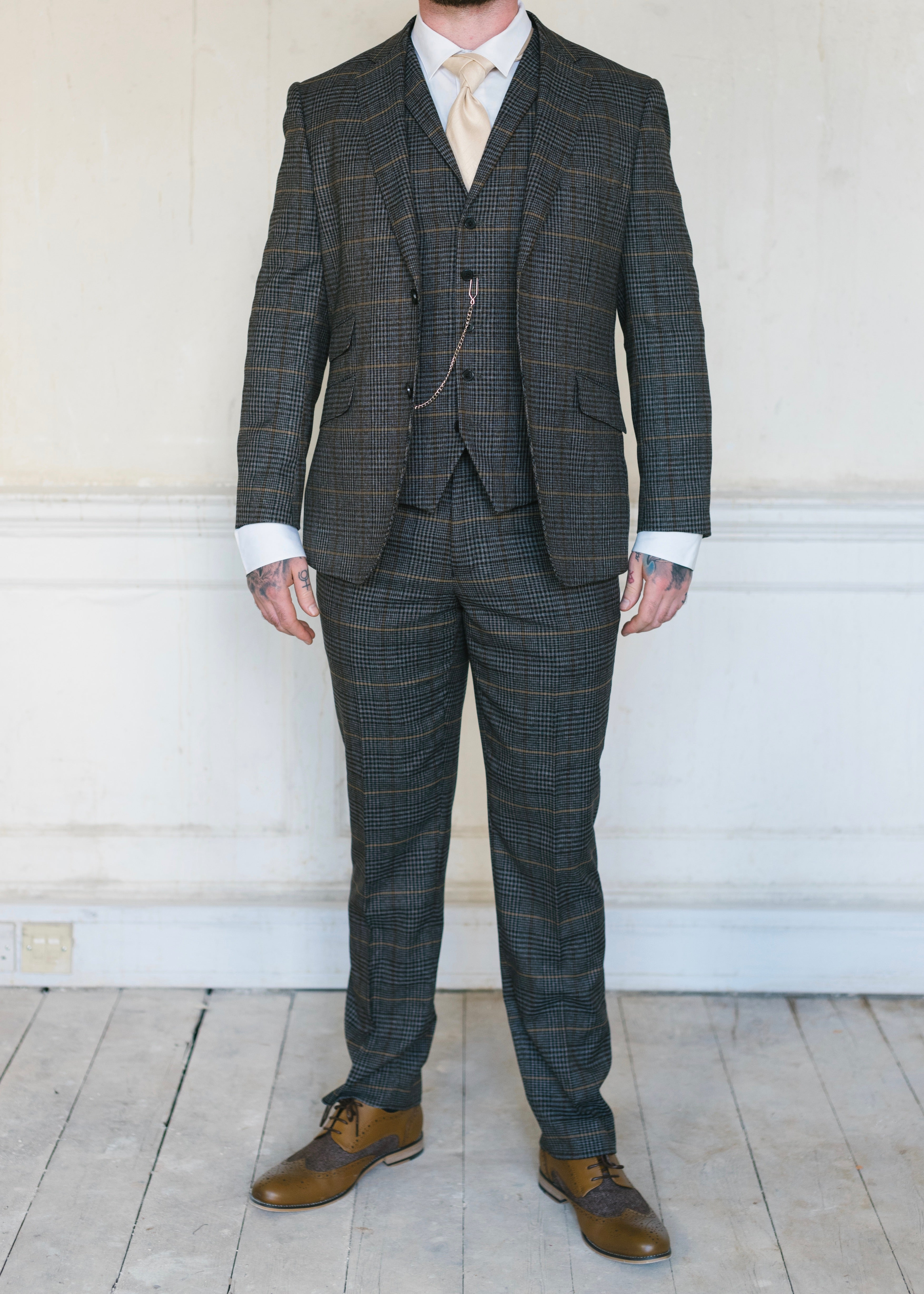 Skopes Leahy Brown Checked 3-Piece Suit