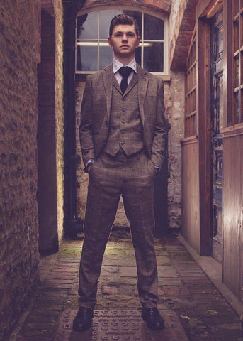 Cavani Albert BrownTweed Suit