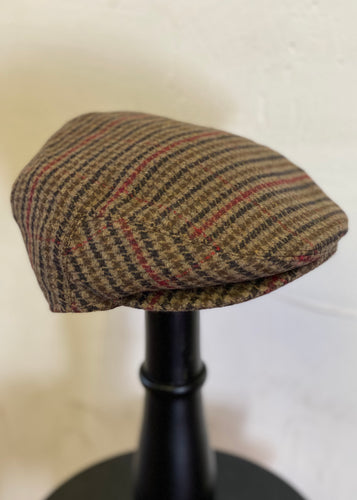 Button Peaked Flat Cap Dogtooth Brown