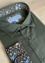 Load image into Gallery viewer, SUAVE OWL Olive Shirt