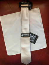 Knightsbridge Tie & Pocket Square Set