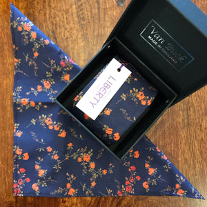 Van Buck LIBERTY Tie & Pocket Square Set