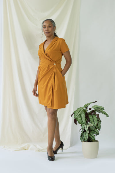 Isabel | Wrap Dress with short sleeves in Saffron