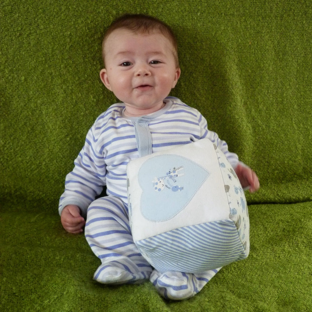 New Deliveries! And A Babygrow Play-Cube Tutorial