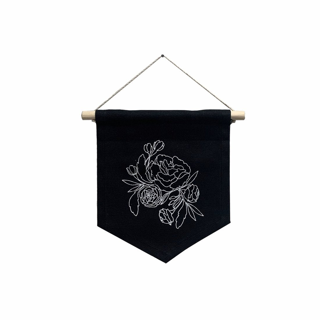 The Sarah Banner in Black