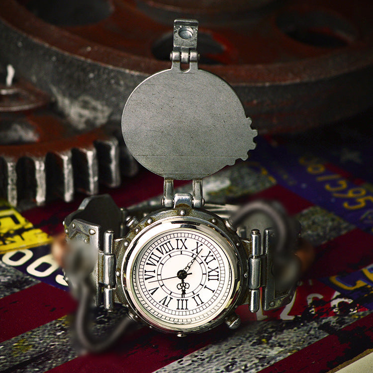 Steampunk retro personality industrial quartz watch