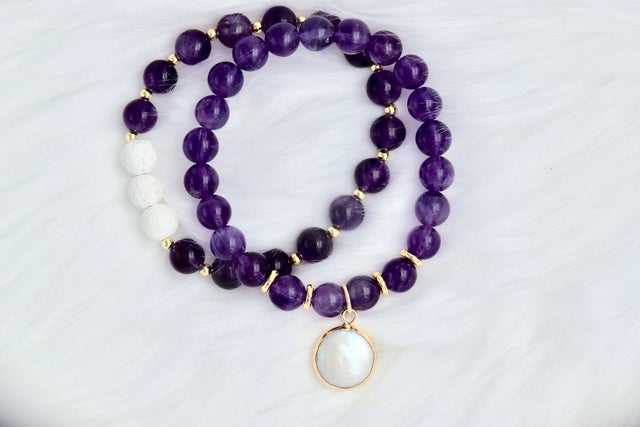 Amethyst bracelets with a pearl drop and essential oil