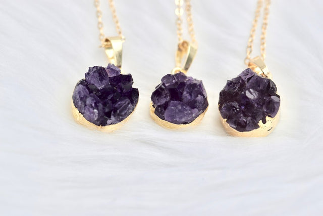Druzy amethyst and gold pendant