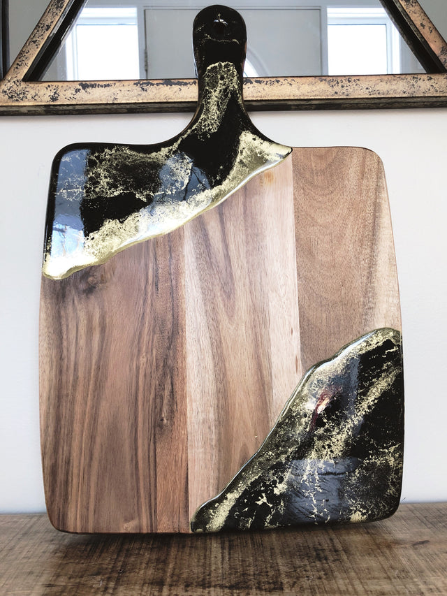 Black and gold acacia cheeseboard