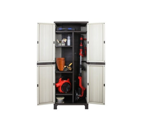 Outdoor lockable cabinet