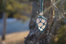 Load image into Gallery viewer, Intentional Healing Rose Quartz Macrame Necklace