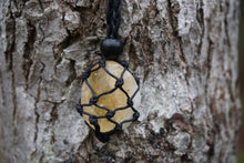 Load image into Gallery viewer, Intentional Healing Citrine Macrame Necklace