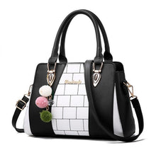 Load image into Gallery viewer, Fasion Women Brand New Design Handbag Black And White Stripe Tote Bag Female Shoulder Bags High Quality PU Leather Purse  L8-46