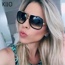 Load image into Gallery viewer, 2019 New Fashion Big Frame Sunglasses Men Square Fashion Glasses for Women High Quality Retro Sun Glasses Vintage Gafas Oculos